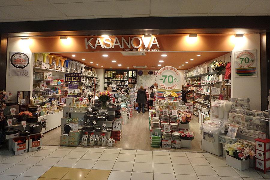 Kasanova savona centro commerciale il gabbiano for Kasanova casa