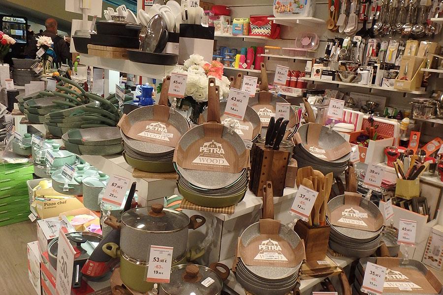 Kasanova savona centro commerciale il gabbiano for Articoli casa